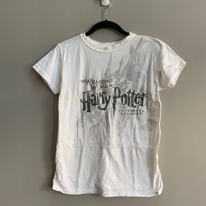 Universal Tops - 🆓w/Purchase Wizarding World Of Harry Potter Tee